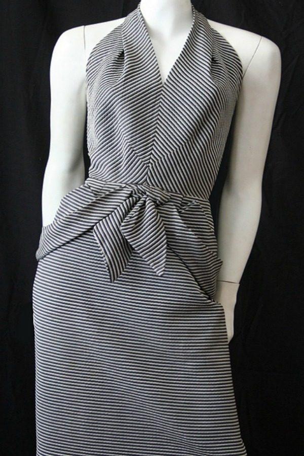 Vintage 50s wiggle dress