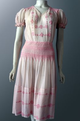 1920s vintage Hungarian embroidered dress