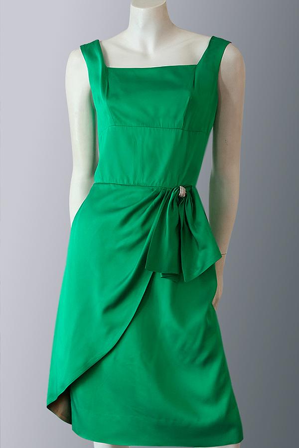 Vintage 1950s Emerald green satin dress