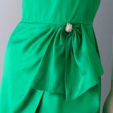 1950s Emerald green satin dress details