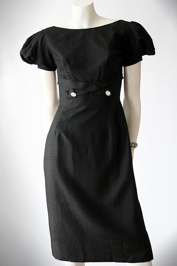 50s Debtime black dress full front 600 x 900