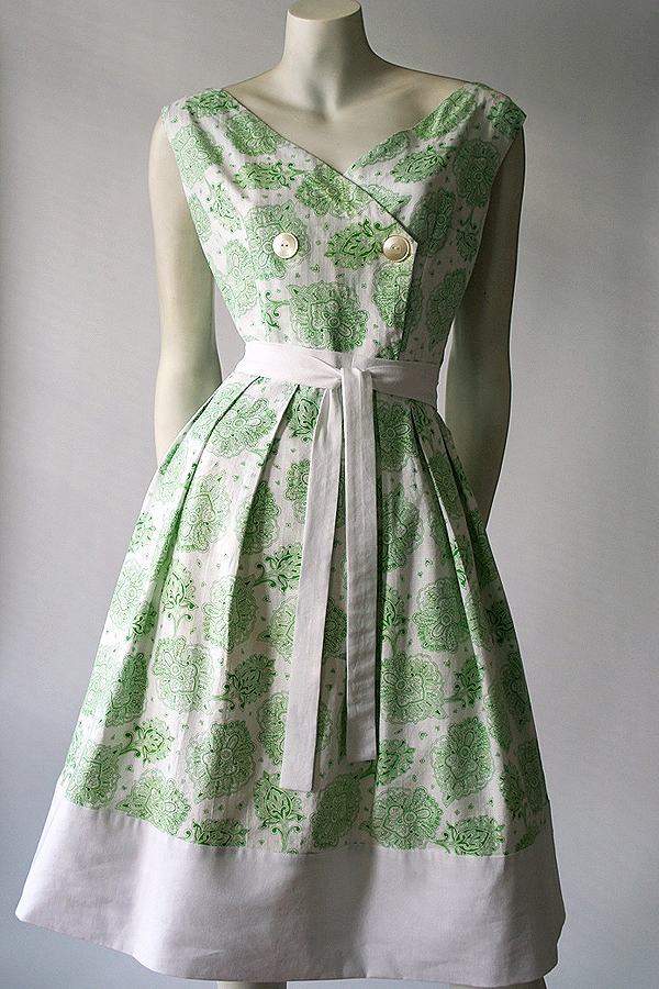 50s green white sundress full front 600 x 900