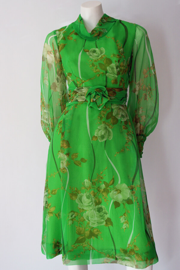 70s green floral chiffon 600×900 (2)