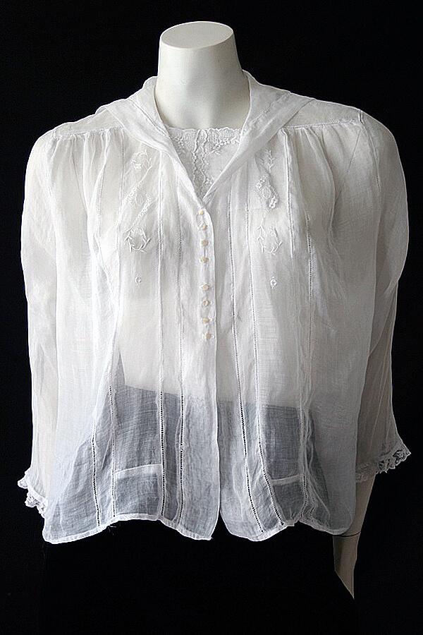 Edwardian blouse full front 600 x 900 (1)